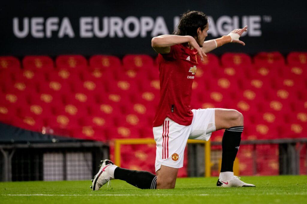 Foto do Cavani no jogo Manchester United x Granada