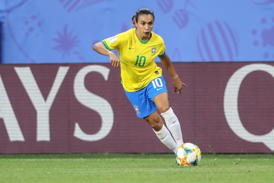 Futebol feminino: a trajetória de luta das mulheres no futebol brasileiro