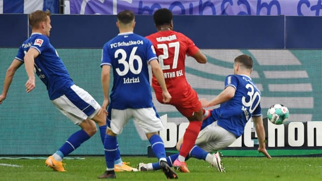 Schalke perde novamente e confirma a segunda pior campanha na historia